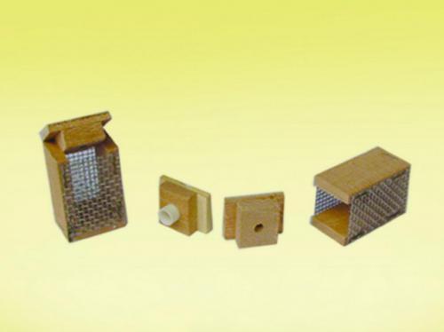 Κλουβιά βασιλισσών | Μελισσοκομικά Εφόδια | Παραδοσιακά προϊόντα